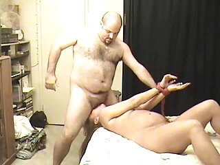 بلوند یک دیک لاستیکی خریداری کرد و فیلم های پورنو را فیلمبرداری کرد دانلود برترین فیلم های سکسی