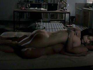 نگهبان در اتاق پشتیبان کارمندان جوان دانلود فیلم دوربین مخفی سکسی دارد
