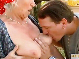 دختر جوان تصمیم می گیرد در اولین دانلود فیلم سکسی کوتاه فیلم مستهجن خود ستاره ای کند