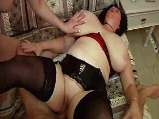 زیبایی که از فیلم سینمایی سکسی رایگان دیدار با همسرش خوشحال است