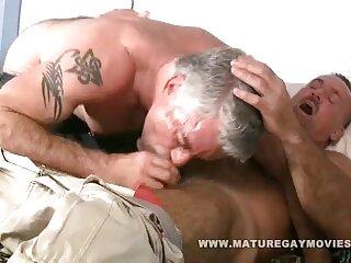 MILF پخش فیلم های سکسی خارجی ساق بلند به زیبایی در برابر بیدمشک سخت خود را رها می کند