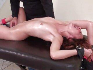 مادر بالغ با دانلود فیلم سکسی از لوتی پسرش محارم می کند